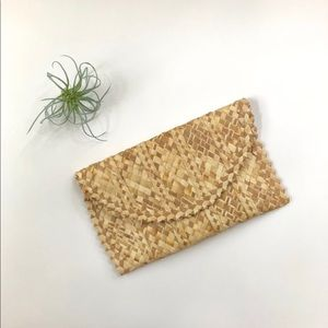 Vtg Purse Tropical Clutch Palm Leaves Woven Straw